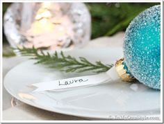 Christmas-Table-Setting-Ide