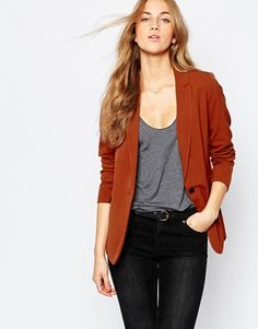 Image 1 of Pull&Bear Tailored Blazer High Waisted Pencil Skirt, Pleated Midi Skirt, New Look Shorts, Latest Fashion Clothes, Fashion Outfits, Cropped Wide Leg Trousers, Androgynous Look, Red Blazer, White Casual