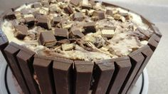 Kit Kat Candy Bar Ice Cream Cake - with yoyomax12 Made this. So Yum.