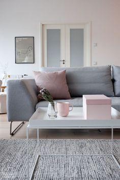Pink (via Bloglovin.com )