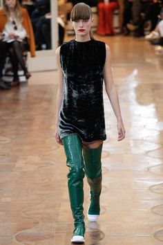 Acne Studios Spring 2016 Ready-to-Wear Fashion Show - Soekie Gravenhorst