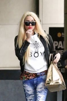 Judge Denies Amanda Bynes' Request For Release From Psychiatric Hos...