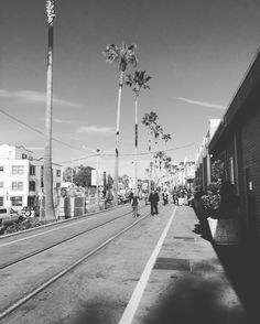 Santa Cruz CA: Santa Cruz #amazing #blogger #city #beach #cinematography #fun #santacruz #california #country #countrylife #countryliving #igers #igdaily #life #moment #people #places #photo #photography #sky #smile #TFLers #travel by lampley.william