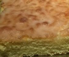 Rezept saftiger Zitronenkuchen von FamiliePiet - Rezept der Kategorie Backen süß