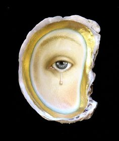 this is an oil painting on an oyster shell by tabitha vevers. there are more paintings on shells here if you'd like to take a look. a friend sent me a link to this painting this morning, and i've been thinking about it all day Memento Mori, Art Du Collage, Lovers Eyes, Miniature Portraits, Mourning Jewelry, Eye Jewelry, Silver Jewelry, Gold Jewellery, Eye Art