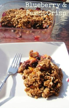 healthy Blueberry peach crisp recipe. 249 calories and 7 weight watchers points plus