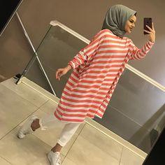 Modesty Fashion, Abaya Fashion, Muslim Fashion, Fashion Dresses, Hijab Style Dress, Casual Hijab Outfit, Hijab Chic, Muslim Dress, Dressy Dresses