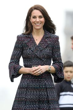 Kate Middleton Photos Photos - Catherine, Duchess of Cambridge watches school kids play rugby at the Trocadero during an official two-day visit to Paris on March 18, 2017 in Paris, France. - The Duke And Duchess Of Cambridge Visit Paris: Day Two
