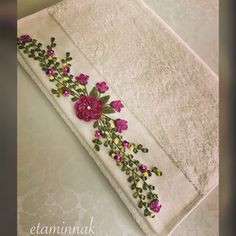 Embroidery Bags, Silk Ribbon Embroidery, Embroidery Stitches, Embroidery Designs, Embroidered Quilts, Quilling Designs, Ribbon Crafts, Shabby Chic Furniture, Christmas Fun