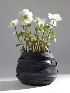 Recycle band vase by Moniek vanden Berghe for Serax. This piece belongs a collection of different recycled vases for plants and flowers, that you can Recycled Bike Parts, Bicycle Parts, Bike Craft, Bicycle Decor, Vases, Recycling, Pot Jardin, Tyres Recycle, Ceramic Flower Pots