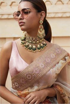 2019 Destination Wedding Lehengas, Sarees & Anarkalis Love this pink embroidered Sabyasachi floral organza saree. Bridal Blouse Designs, Saree Blouse Designs, Sari Blouse, Sabyasachi Sarees, Anarkali, Lehenga Choli, Indian Wedding Outfits, Indian Outfits, Indian Clothes