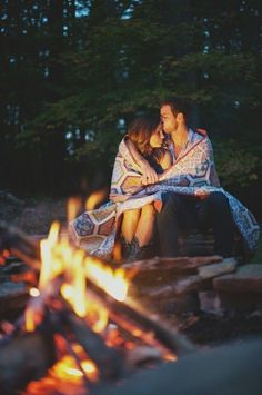 Cuddling around the Fire - cute date Want this with you again but with a campfire this time;)