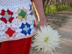 {Free Crochet Pattern} Granny's Market Apron, a modern design with a vintage feel. ♥