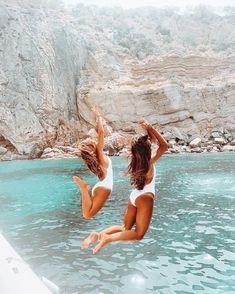 Photos Bff, Best Friend Photos, Best Friend Goals, Bff Pics, Beach Aesthetic, Travel Aesthetic, Summer Pictures, Beach Pictures, Beach Pics