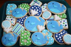 Covey, I thought of you when I saw these! I know you already had little man's b-day party and if I remember right, you did a whale theme? Whale Cookies, Baby Cookies, Baby Shower Cookies, Cute Cookies, Cupcake Cookies, Sugar Cookies, Heart Cookies, Birthday Cookies, Cookie Favors