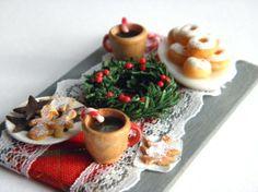 Christmas Coffee Table Dollhouse Miniature