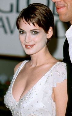 Pin for Later: 25 Photos That Prove Winona Ryder Hasn't Aged a Bit After 30 Years in Hollywood 2000 Winona Ryder 90s, Hollywood Celebrities, Hollywood Actresses, Beautiful Celebrities, Beautiful Women, Winona Forever, Bond Girls, Actrices Hollywood, American Actors