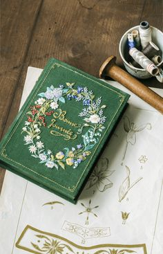 Hand Embroidery Art, Cross Stitch Embroidery, Embroidery Patterns, Book Aesthetic, Handmade Books, Book Binding, Book Making, Book Art, Needlework