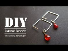 See a complete list of tools + supplies and notes: http://jewelrytutorialhq.com/how-to-make-diamond-shaped-earwires-video-tutorial/ Learn to make these lovely unique diamond shaped earwires using Wubbers Jumbo Square Mandrel Pliers. These specialty jewelry making pliers make it easy to create uniform squares with wire so that you can add specia...