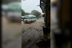 El río penetra a la ciudad de Puerto Plata; afecta el hospital, escuelas y negocios