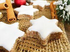Bestes Vanillekipferl Rezept - Plätzchen für Weihnachten - YouTube Krispie Treats, Rice Krispies, Cake Cookies, Biscotti, Waffles, Muffins, Deserts, Breakfast, Stollen