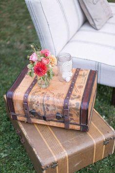 De la nota: Tendencias Bodas: Decoración con muebles y objetos antiguos  Leer mas: http://www.hispabodas.com/notas/2630-tendencias-bodas-decoracion-con-muebles-y-objetos-antiguos