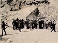 King Tut Excavation Photo