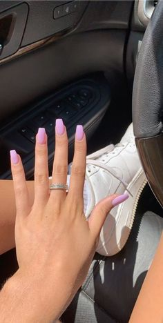 Nageldesign - Nail Art - Nagellack - Nail Polish - Nailart - Nails Sarkonk How To Dye Your Pubic Hai Purple Acrylic Nails, Square Acrylic Nails, Summer Acrylic Nails, Best Acrylic Nails, Light Purple Nails, Pink Acrylics, Pastel Nails, Aycrlic Nails, Swag Nails