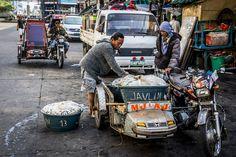 My Portfolio of Street Photography taken around the world. Bacolod City, Early Morning, Street Photography, Philippines, Around The Worlds, Marketing, Travel, Viajes, Destinations