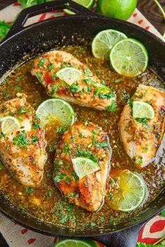 Cilantro Lime Skillet Chicken Skillet Chicken, Pan Cooked Chicken, Skillet Meals, Hen Chicken, Chicken Casserole, Mexican Chicken Recipes, Low Calorie Chicken Recipes, Chicken Breast Recipes Healthy, Mexican Shrimp