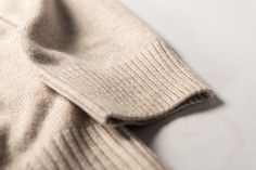 Fully fashioned and hand-linked Cashmere #asket