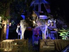 East Vancouver house transformed into haunted pirate ship #halloween