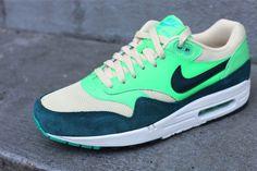 new product 05086 5f9ad Nike Air. Nike Damer, Air Max 1, Nike Sportswear, Sneakers Nike