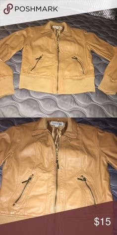 Forever 21 Jacket Very gently worn. Forever 21 Jackets & Coats