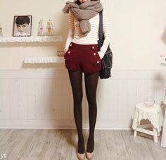 winter shorts - everything about this i like. if someone could tell me where to buy this whole outfit? Fashion Blogger Style, Look Fashion, Korean Fashion, Fall Fashion, Tokyo Fashion, Christmas Fashion, Hipster Fashion, Christmas Holiday, Men Fashion