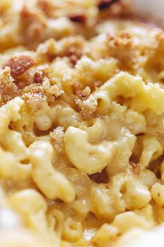 Baked Mac and Cheese - a classic recipe for THE BEST baked mac and cheese. Cheesy insides, crunchy outsides, and golden brown bread crumb topping.