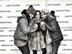 Melissa Mars, Maeva Méline & Diane Dassigny @ Moscou © Solal #photography #blackandwhite #mozartloperarock