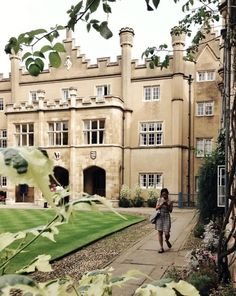 Close your eyes and dream of England - Cambridge, Cambridgeshire, England. Look at... Mansions, City Of Cambridge, High Forehead, House Styles, England, Brows, Around The Worlds, Eyes, Eyebrows