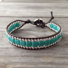 Turquoise Czech Beaded Leather Wrap Bracelet w/Silver Button Denim Bracelet, Beaded Wrap Bracelets, Beaded Jewelry, Embroidery Bracelets, Crochet Bracelet, Bracelet Making, Jewelry Making, Wrap Bracelet Tutorial, Beaded Leather Wraps