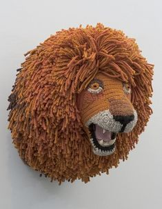 crochet lion's head by Nathan Vincent