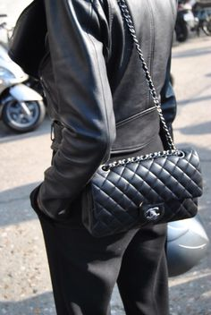chanel More Chanel Bags, Biker Jackets, Fashion Icons, Chanel 2 55, Street Style, Chanel 255, Wish Lists, Black Outfit, Leather Jackets Street Style Chic trousers, crop leather jacket and chanel✦§✦ MerciChic : Fashion Icon Chanel 2.55 Chanel 2.55 - wish list #clutchTotal black outfit with a black Chanel 2.55.