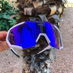 Feel the satisfaction of riding your bike with the best affordable designed cycling sunglasses. Fashion and stylish with rich color combination of frames and lenses.
