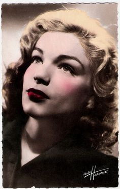 Simone Signoret, 1921 - 1985 - french postcard by editions O.P., photo studio Harcourt