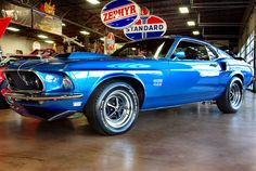1969 Ford Mustang Fastback Boss 429 in electric blue
