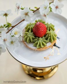 The matcha powder is incorporated into this beautiful pale green pastry cream with a faintly earthy and very addictive taste. #matcha #dessert