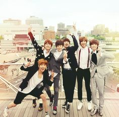 Group picture!! Boyfriend kpop boyband