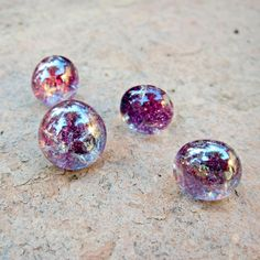 Tutorial: Ombre Glass Magnets and Push Pins