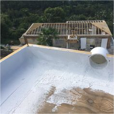 Are You Experiencing Roofing Problems? - Home Roofing Tips Types Of Roofing Materials, Corrugated Roofing, Contractors License, Diy Home Repair, Steel Panels, Roofing Systems, Roof Repair, Photo Link, Metal Roof