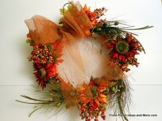 Easy autumn wreath with step-by-step tutorial. From Front-Porch-Ideas-And-More.com