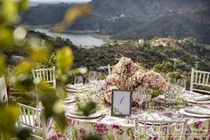 Decoracion de mesa romantica en jardin